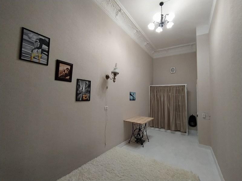 продажа коммунальной квартиры номер A-165296 в Приморском районе, фото номер 12